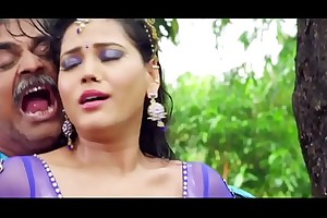 Seema Singh Hot Belly button Teat Song
