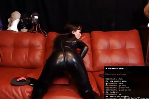 D1Dirtybitch4u Showing Their way Body in Black Latex Catsuit Private