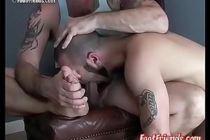 Perverted fruit Beldam licks and tickles Bunting Francos feet
