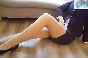 Em gái ti&ecirc_́p vi&ecirc_n xinh đẹp l&ocirc_̀n to.. Xem full : http://123link.pw/PbqWcXFD