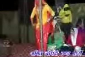 सपना के बाद अब इस लड़की का बारी है -- priyanka choudhary dance