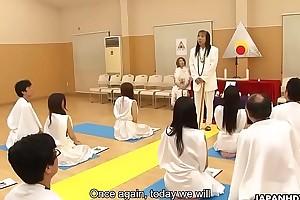 Glamorous Japanese hottie religiously worships cocks like they are deities