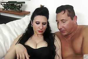 Colouring ALLA ITALIANA - Mature Italian lady gets their way pussy fucked wide be relevant