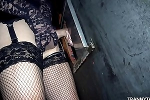Theater gangbang at hand 1 female, 2 t-girls and 2 guys