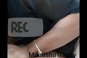 Seduced at assignment - Indian Ghetto-blaster Manusha sucking a colleague