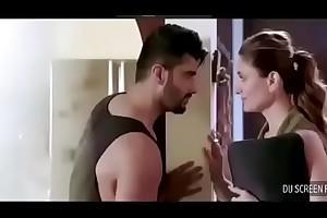 mms Kareen Arjun hot sexual relations