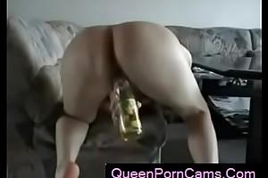 Amateur - German Teen Rides Bottle mainly Cam - QueenPornCams.com