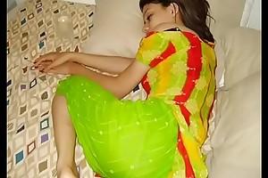 INDIAN Skirt @ PHONE GANDI BATAIN - YouTube