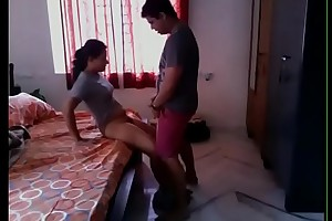 New indian colege girl mms leaked www.newdesivideo.com