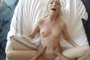 Great leman with a virgin blonde