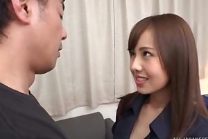 Slim Asian babe nearby huge sexual appetite gets eaten out and earnest fucked