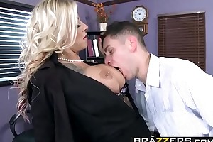 Brazzers - (Britney Shannon, Brad Knight) - The Head Fuck up puff up
