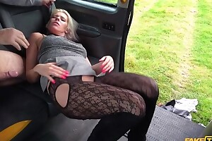 Spunky blonde MILF gets fucked by horny cab serving-wench