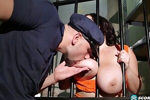 Dark-haired BBW gets fucked hard in be transferred to prison apartment