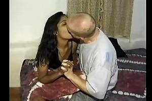 Mumbai college BBC floozy seducing white traveler in ...