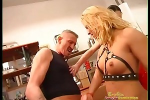 Dominatrix is beast with her trainees