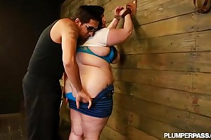 Bbw eliza beseech likes wobblers slapped and drilled
