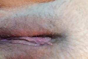 Wet snatch big O closeup with contractions