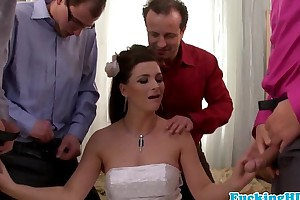 Bukkake loving euro bride sucks five schlongs