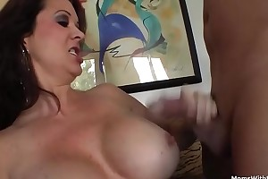 Leader Mom Raquel Devine Siamoise Sex With Young Lover