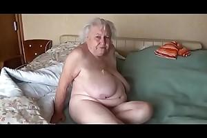 Abuela de 78 añ_os penetrada por amigo de su esposo LustyGolden Colombia