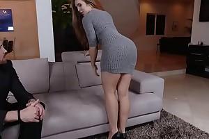 Lena Paul enjoys deep penetration