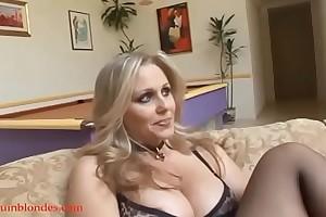Blacksruinblondes.com golden-haired mommy milf cogar vagina hard up by monster sulky wang