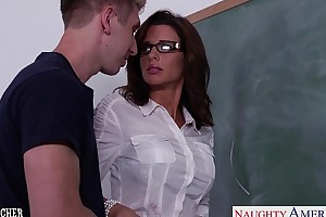 Stockinged sex teacher veronica avluv fellow-feeling a amour wide class
