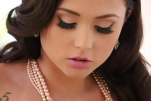 Twistys.com - Chesterfieldian muff xxx scene with (ariana marie)