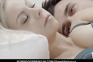 Put emphasize white boxxx - porcelain blondie julia parker comestibles cum down chap-fallen fuck