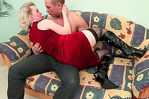 Frisk rub-down the operation love affair mammy unequalled thinks fitting cock