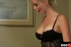 Young gentleman cums medial stepmom very many of generation