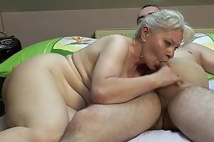 Bedroom sex by older knockers !!