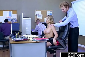 Kagney linn karter takes large rub out at work