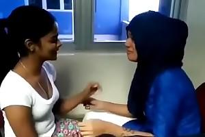 Desi kerala mallu teen students college kiss
