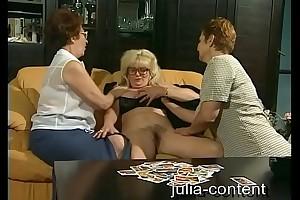 Grandmas do troika Sexual congress