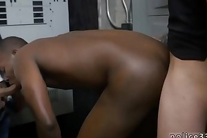 Well-pleased cop cum sallow coupled with dissolute sex videos Shoplifting leads on every side backside