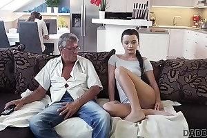 DADDY4K. What would you pick out - computer or your girlfriend? And she?