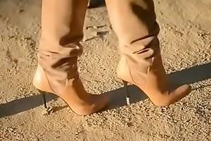 Blow rhythm Belgian Moms Flashing in Boots. see pt2 elbow goddessheelsonline.co.uk