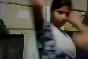 Indian Young Girl Showing Say no to Boobs Freehdx   FreeHDxCom