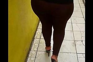 Prosti de Tijuana caminando